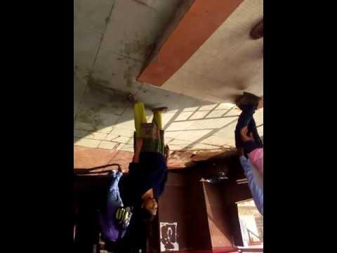 Ulta video @jhansi station up