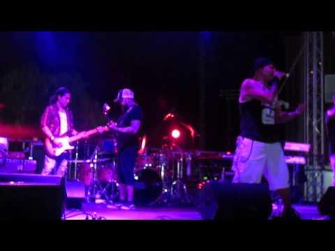 Kumbia Kings Allstarz feat Chris Perez Como La Flor Live