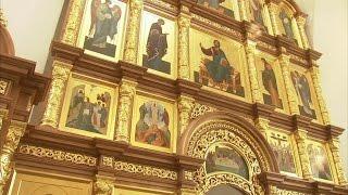 В станице Наурской открылся православный храм, построенный на месте разрушенного в 30-е годы.(У православных началась Страстная седмица — неделя наиболее строгого поста перед Пасхой. А накануне, в..., 2016-04-25T12:54:27.000Z)