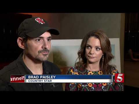 Austin James - Brad Paisley opening a grocery store for the needy