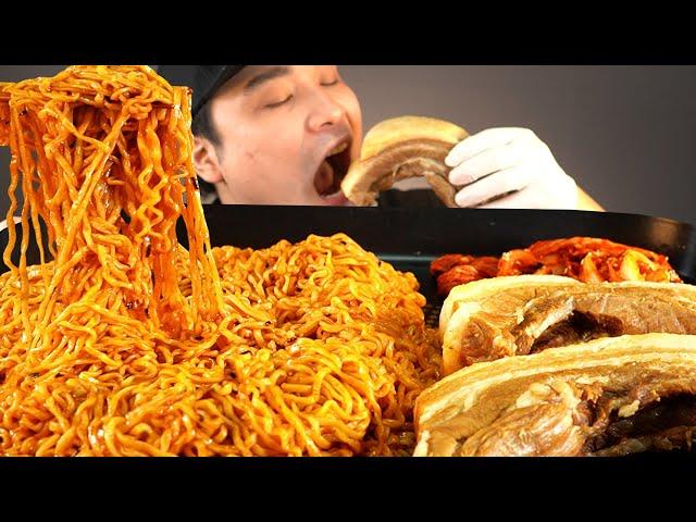 두꺼운 통보쌈과 불닭볶음면 먹방~!! 리얼사운드 ASMR social eating Mukbang(Eating Show)