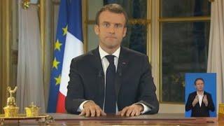 Macron da un giro social a su mandato para aplacar a los