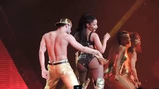 Nicki Minaj Anaconda LIVE 18