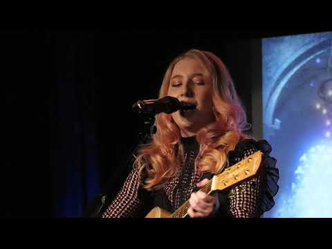 FLORENCE SOMMERVILLE at Camden Area Open Mic UK Music competition