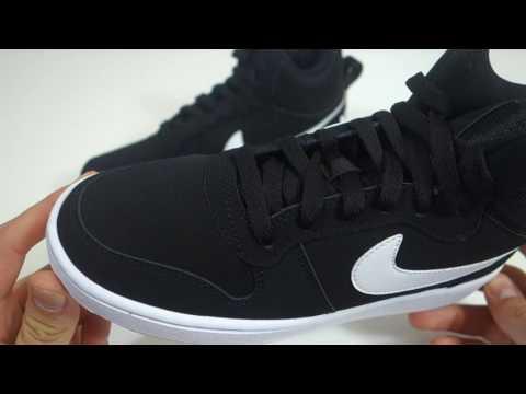 53f128312 Dámské stylové boty Nike Court Borough Mid - YouTube