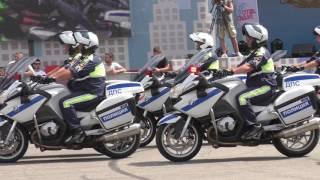 Показательные выступления мастеров экстремального вождения 2-го спецбатальона ДПС ГИБДД