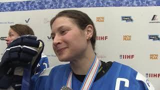 """Kapteeni Jenni Hiirikoski: """"Olen tosi ylpeä joukkueesta"""""""