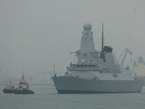 "HMS ""Duncan"", ""Adonia"", ""Azura"" & ""AIDAsol"" departing from Southampton - 01/10/2013"