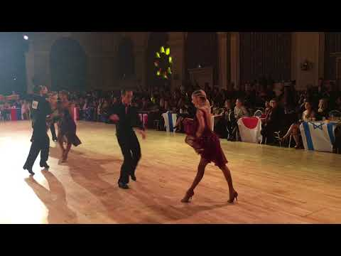 Riccardo Cocchi & Yulia Zagoruychenko -WDC | Disney 2017 | Professional LAT Final - Cha Cha Cha
