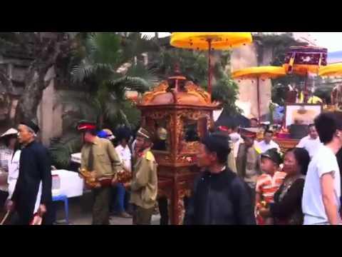 Lễ hội làng đàn viên