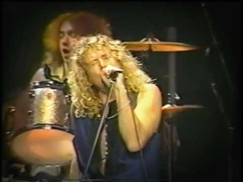 Robert Plant & Jimmy Page (Led Zeppelin) Hey Hey What Can I Do (Live)