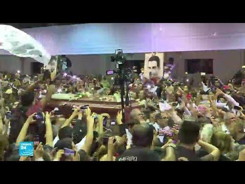 الآلاف يودعون رئيس البيرو السابق آلان غارسيا بعدما أطلق النار على نفسه  - نشر قبل 2 ساعة