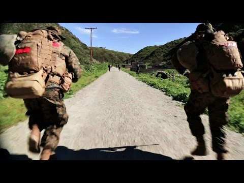 Navy Hospital Corpsman Train With Marines – Field Medical Service Technician Course