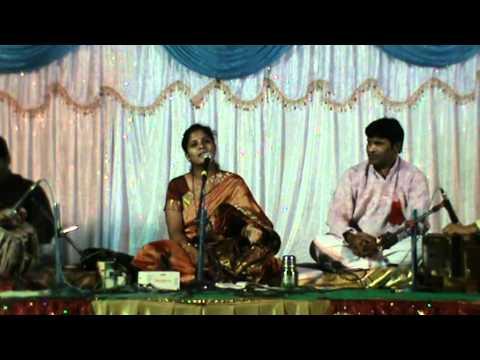 Bhajan - vache vitthal gain. by Gayatri Joshi