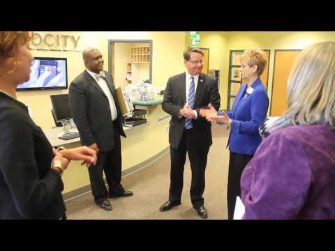 U.S. Senator Gary Peters Visits Mac-OU INC