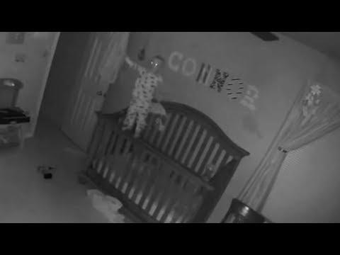 видео: Паранормальные явления, заснятые в домах