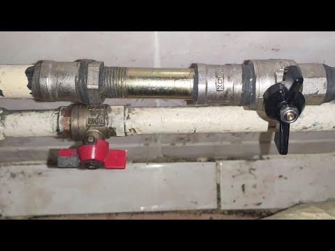 ☑️Как поменять входной кран в металлической трубе 🤔☝️
