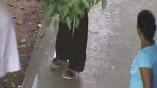 Repeat youtube video Sri Lankan Gonnu