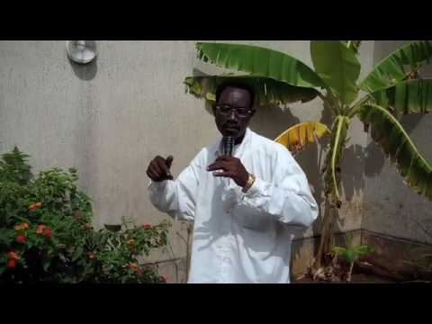 Breadseller Late Lawson sings in Togo, West Africa (full son