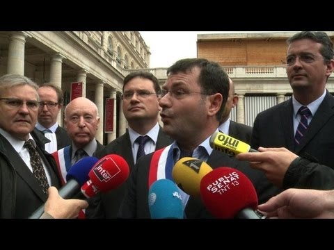 French court delays ruling over gay wedding objections