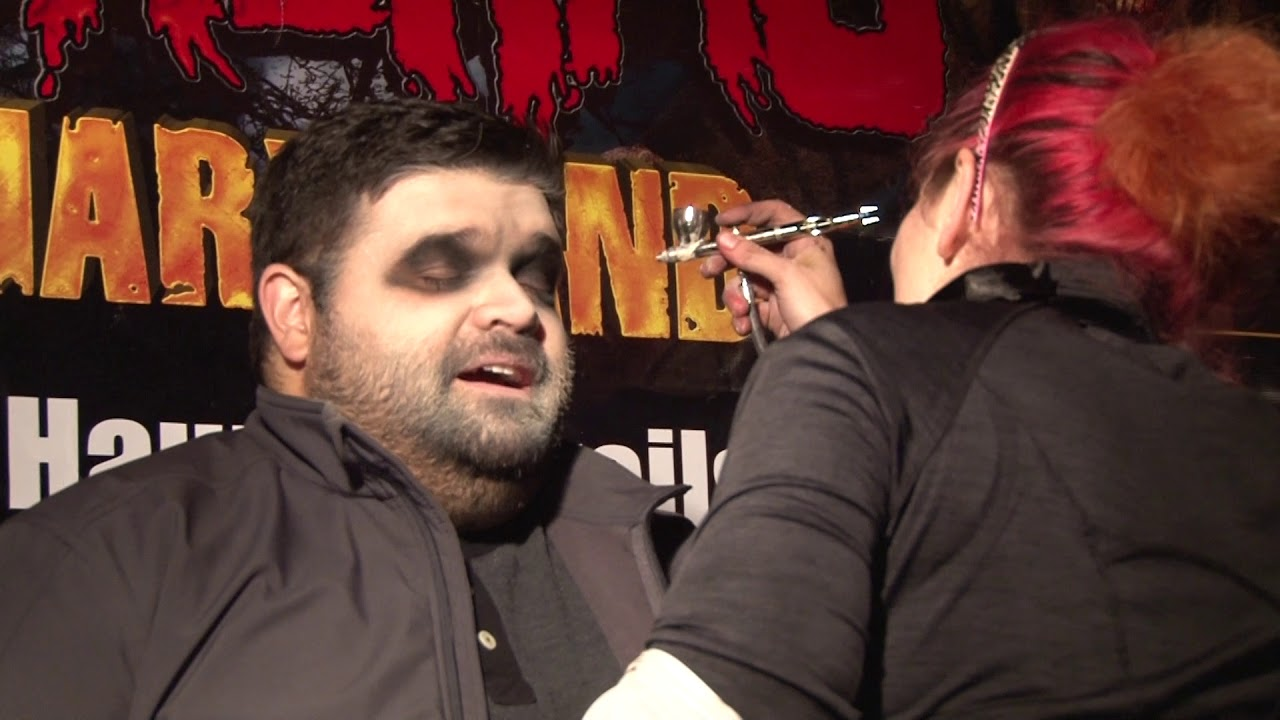 The Kane Show Gets Makeup at Field of Screams