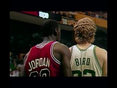 Larry Bird (36pts, 12reb, 8ast) vs Michael Jordan (63 Points) 1986 Bulls (G2)