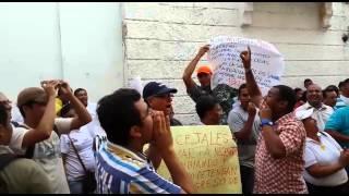Comunidad frente al @concejodestamta para exigir la aprobación de la #AdiciónPresupuestal