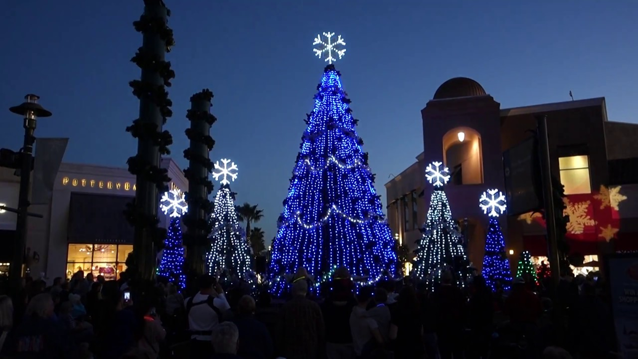 Wiregrass Mall ~ Symphony in Lights ~ December 2016 (6pm show) - YouTube
