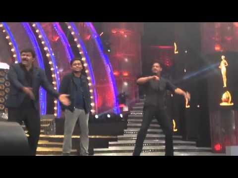 A.R Rahman at vijay award 2014