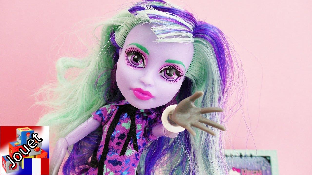 Monster hight twyla fran ais d monstration poup e - Monster high youtube ...