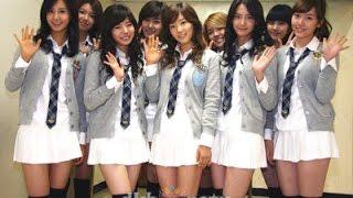 Tại sao váy đồng phục nữ sinh Nhật lại ngắn cũn cỡn