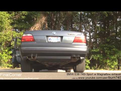 BMW 740iL exhaust sounds