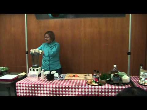 """Lisa Books-Williams, Raw Demo: """"Recipes for Weight Loss and Vibrant Health"""""""