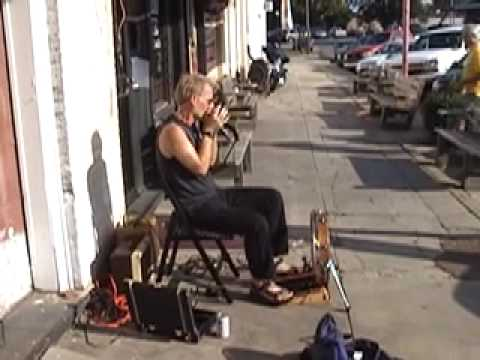 Gussow one-man Mississippi blues band, busking (2009)