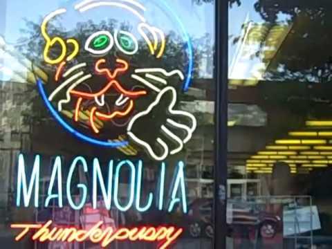 RaymondTVinyl visits Magnolia Thunderpussy Record Store 08/1