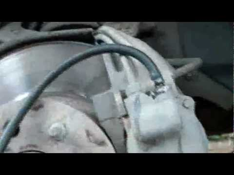 как прокачать тормоза renault 21