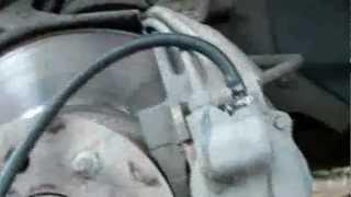 видео Прокачка сцепления, несколько способов.