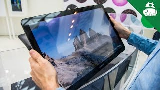 Samsung Galaxy View hands on(First look: http://goo.gl/nVPa7q The giant Galaxy View is now official, and we go hands-on with this behemoth!, 2015-10-28T16:38:41.000Z)