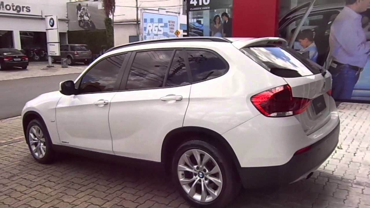 bmw x1 18i sdrive autom tica 2011 youtube. Black Bedroom Furniture Sets. Home Design Ideas