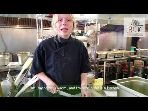 RCK | Jamestown star Naomi Battrick volunteers in our kitchen!