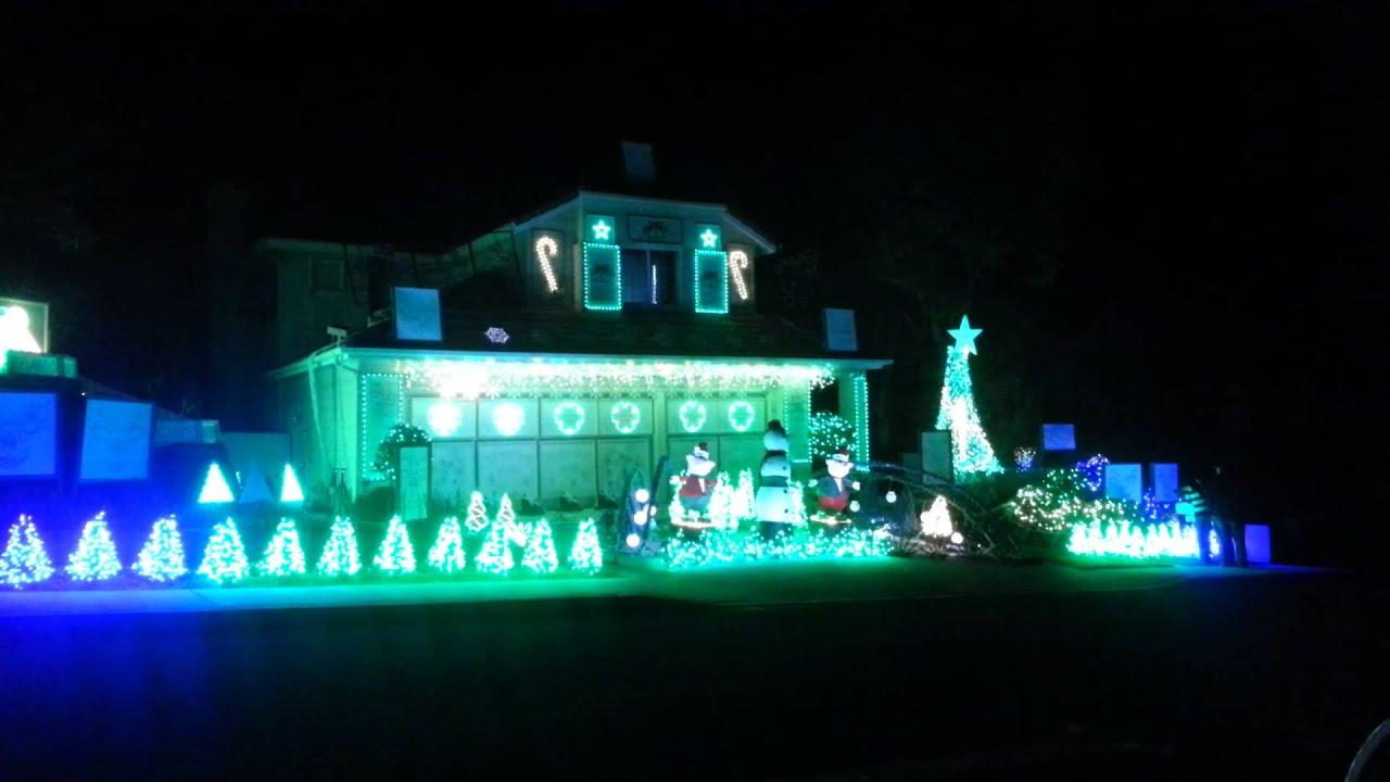 Christmas Light Display with Radio station. San Diego,CA - YouTube