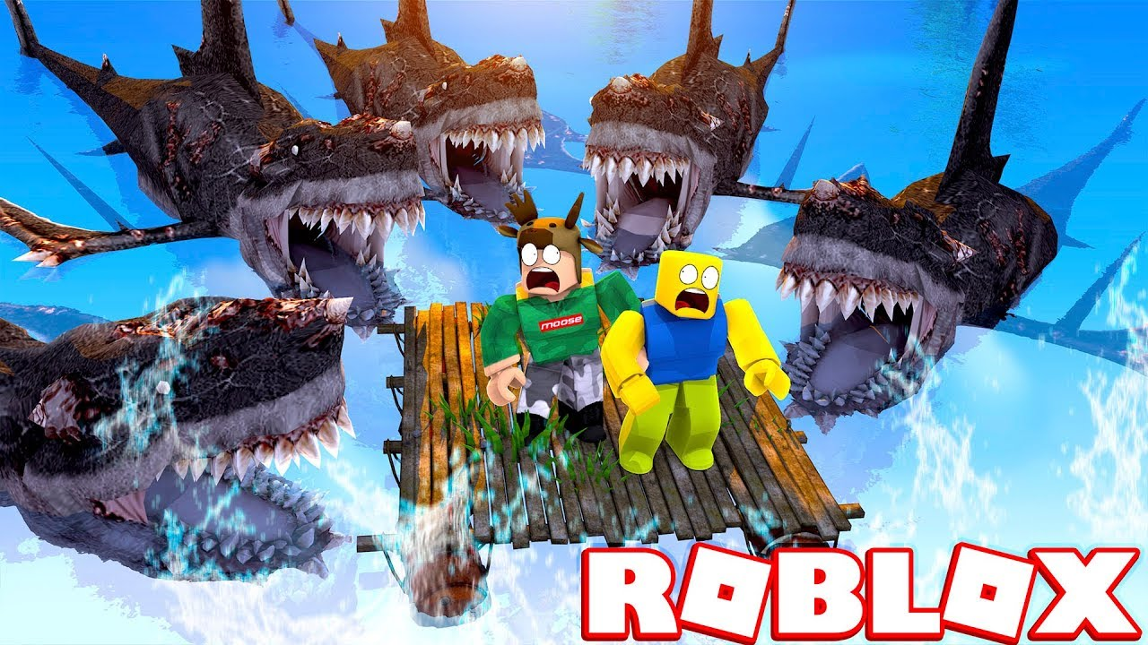 SURVIVE AGAINST SHARK ARMY IN ROBLOX! (Roblox Shark Army