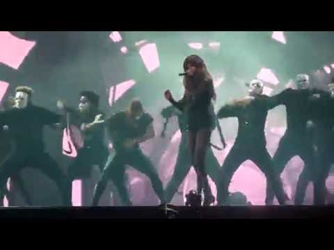 Selena Gomez - Same Old Love Live FEQ Quebec city Revival Tour 2016/07/11