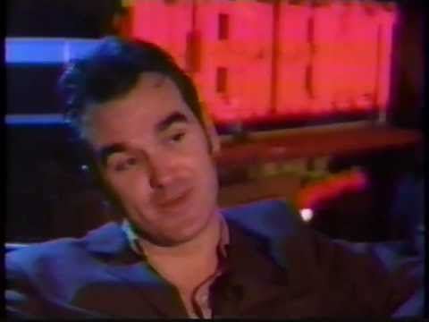 Morrissey Signing & Interview (MTV) (1994)