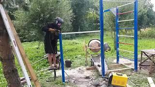 как сделать спортивную площадку своими руками на даче