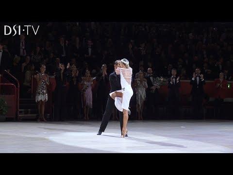 Dance fails - Latin America (Bailando por un Sueño) from YouTube · Duration:  2 minutes 24 seconds