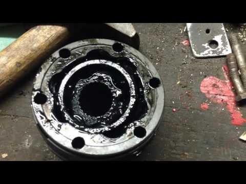 Замена крестовины и пыльника ШРУСа переднего кардана KIA Sorento