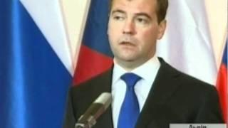 Медведев благосклонно говорит о митингах