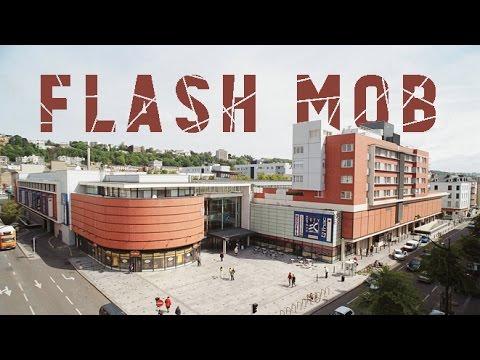 flashmob le havre espace coty 09 01 2016 youtube. Black Bedroom Furniture Sets. Home Design Ideas