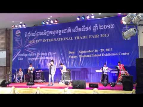 Còn lại gì sau cơn mưa - Hồ Quang Hiếu phiên bản tiếng Khmer Campuchia